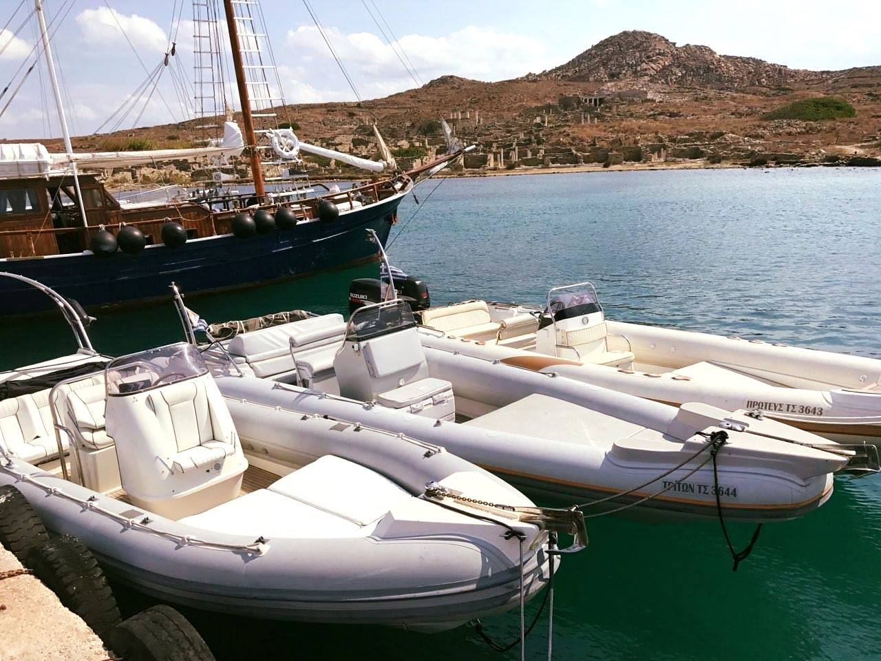 Mykonos - Delos - Rhenia Private Cruise