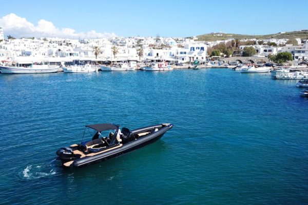 Mykonos Private Boat for rent - Don Blue Yachting - AMYKOS FOST MATRIX Black edition